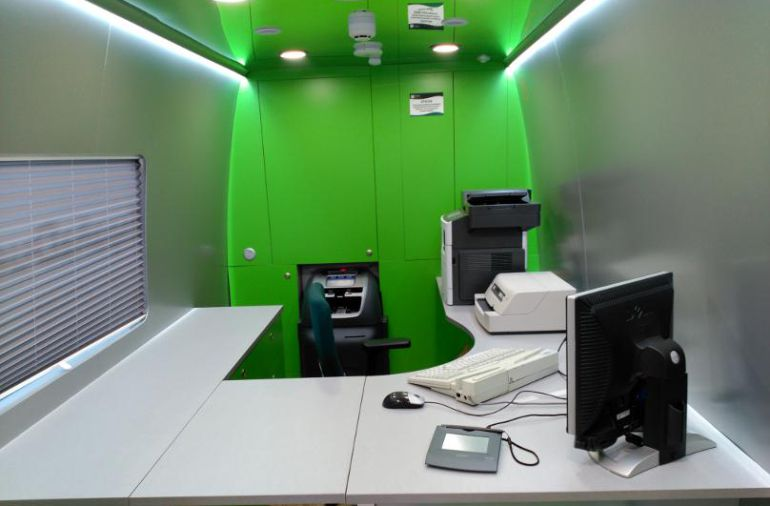 caja espa a sustituye ocho oficinas rurales por una
