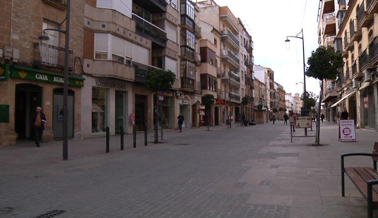 Céntrica calle comercial de Úbeda, en la que se ha producido el atraco.