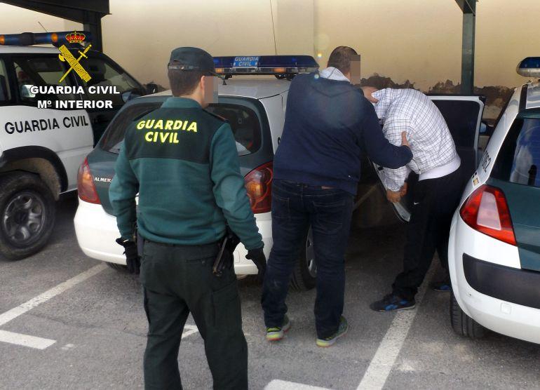 Prisión provisional para el presunto autor de agredir con arma blanca a dos personas en Albudeite
