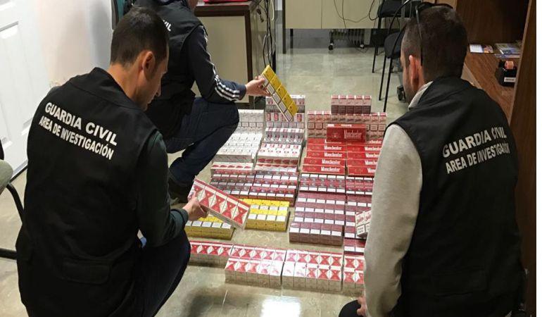 Desmantelado punto de venta de tabaco en Marmolejo