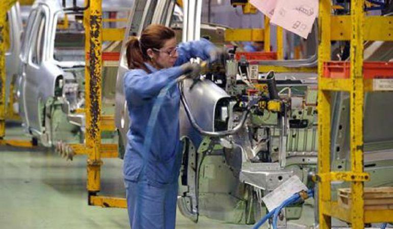 Las mujeres andaluzas cobran al año 6.000 euros menos que los hombres
