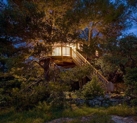 Las cabañas en los árboles ya existen en otros lugares de España.