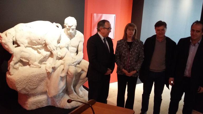 """La escultura """"Hermanitos de Leche"""" del segoviano Aniceto Marinas ya se encuentra en el Museo de Segovia"""