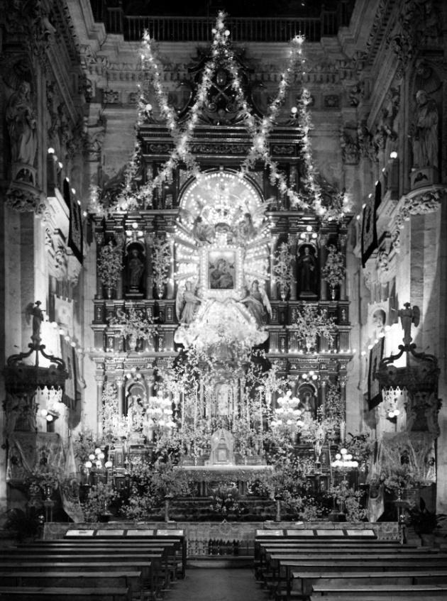Iglesia del Perpetuo Socorro en los fastos de la coronación del icono en 1915