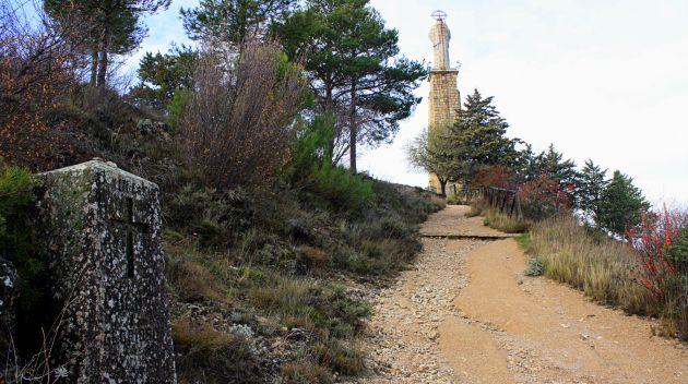 En el último tramo hay un Vía Crucis.