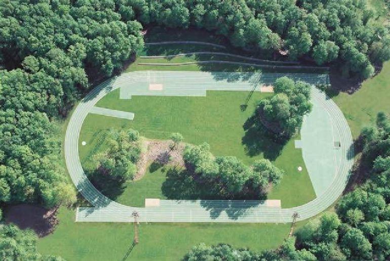 La pista de atletismo de Olot en la que está inspirado el proyecto de Nigrán