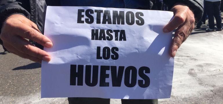 Un manifestante del sector del taxi este jueves en Madrid