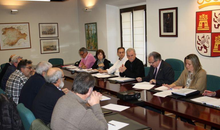 Imagen de la sesión de constitución del Consejo Agrario Provincial