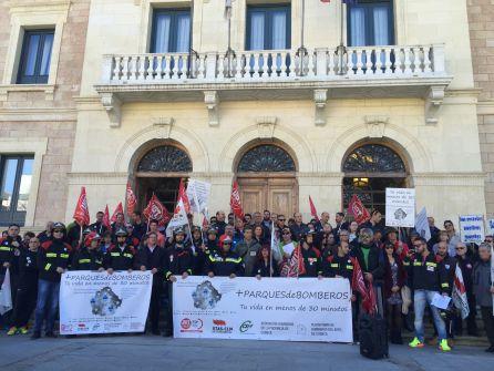Alcaldes y bomberos de la provincia han pedido más parques ante Diputación