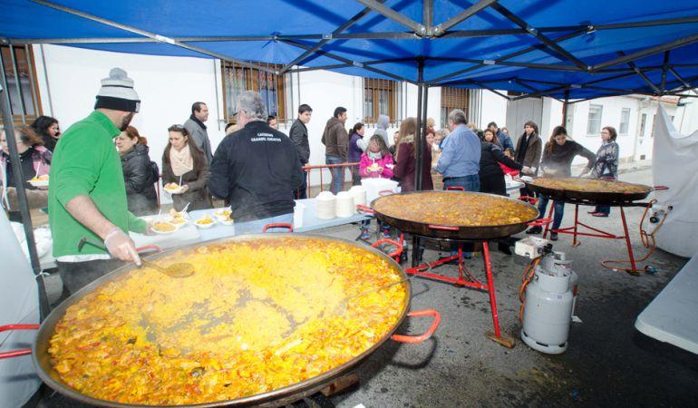 Paella en las fiestas de San José en Colmenar Viejo