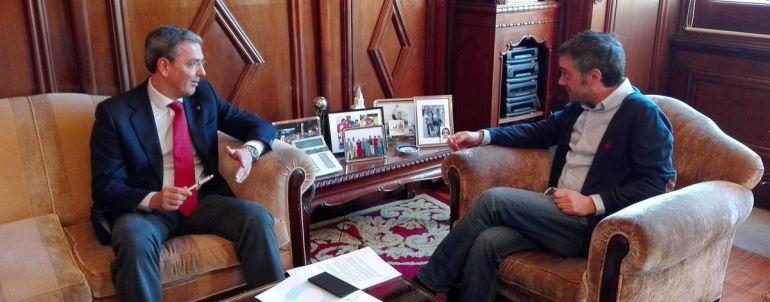 A Coruña: Ferreiro y García se proponen entenderse en María Pita