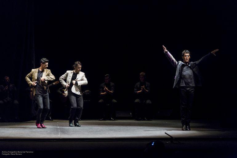 Los bailaores Javier Barón, Rafael Campallo y Alberto Sellés en una actuación