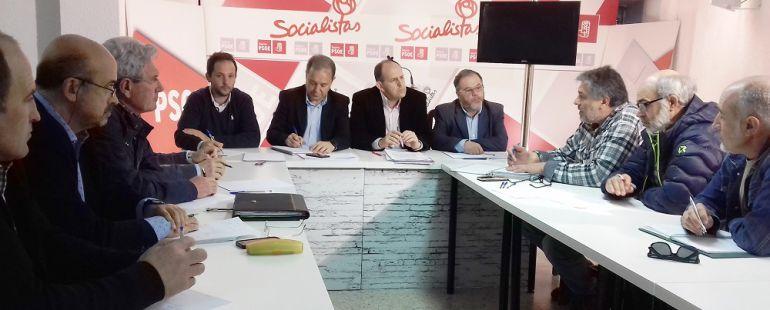 Miembros del PSOE han mantenido una reunión con las difrerentes organizaciones agrarias
