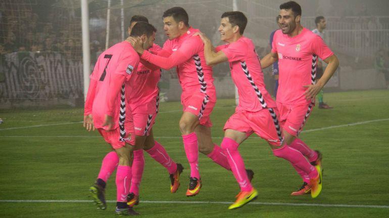 La Cultural celebra el gol de Colinas en El Sardinero
