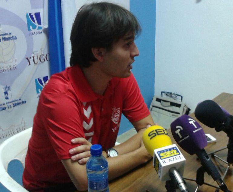 Ángel García Cosín, destituido como entrenador del Yugo-UD Socuéllamos