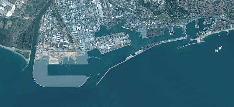 Una imatge aèria del port de Barcelona