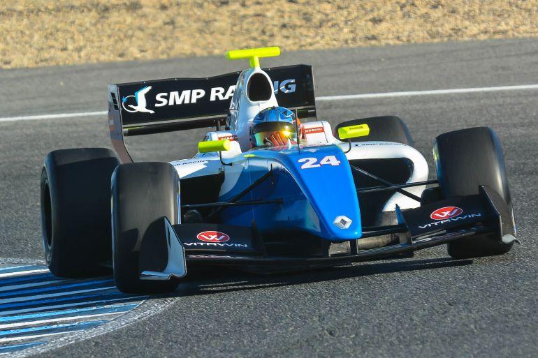 Imagen de un World Serie Fórmula V8 3.5 rodando en el trazado jerezano