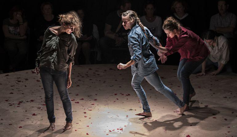 Titoyaya compañía de danza