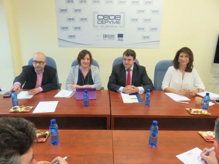 La consejera se ha reunido también con el nuevo presidente de CEOE CEPYME Cuenca y su Junta Directiva
