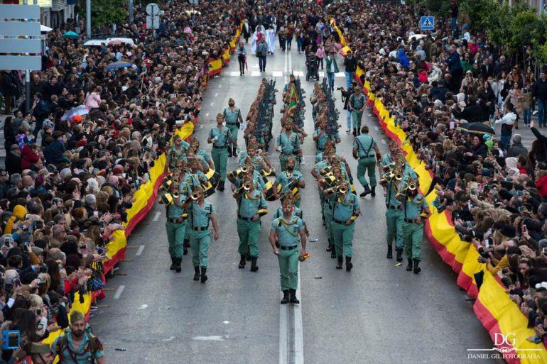 La Legión defsila en Algeciras el Lunes Santo