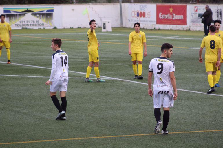 Imagen de un partido de la Peña Juvenil esta temporada