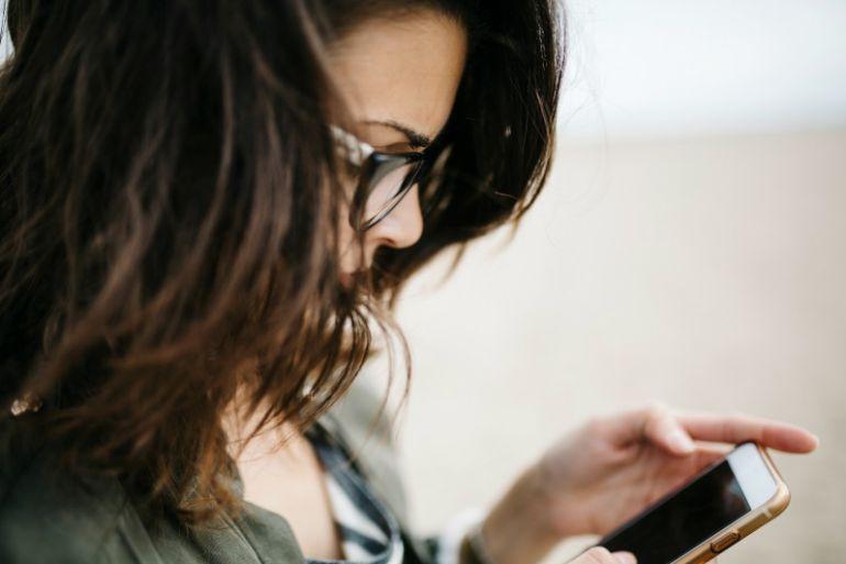 La aplicación de Osakidetza permitirá seguir el tratamiento a través del móvil