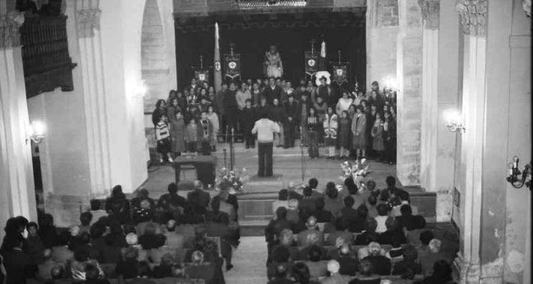 Primer pregón en la iglesia de San Miguel en 1980.