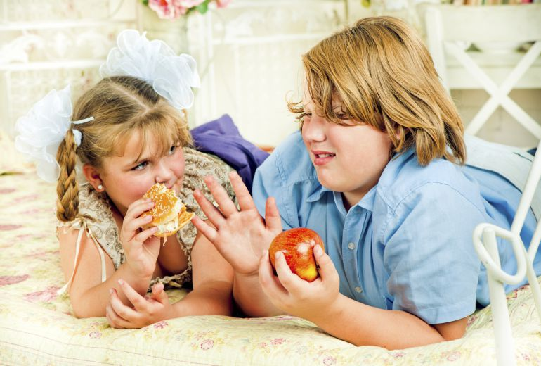Casi la mitad de los menores de Huelva tienen obesidad o sobrepeso