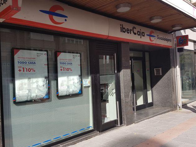 Ibercaja banco presenta un ere que incluir salida de for Ibercaja banco oficinas