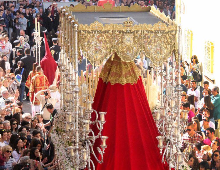 La Virgen de la Luz saldrá en extraordinaria con motivo de su XXV aniversario, después de no haberlo podido hacer con motivo de las bodas de plata de la hermandad