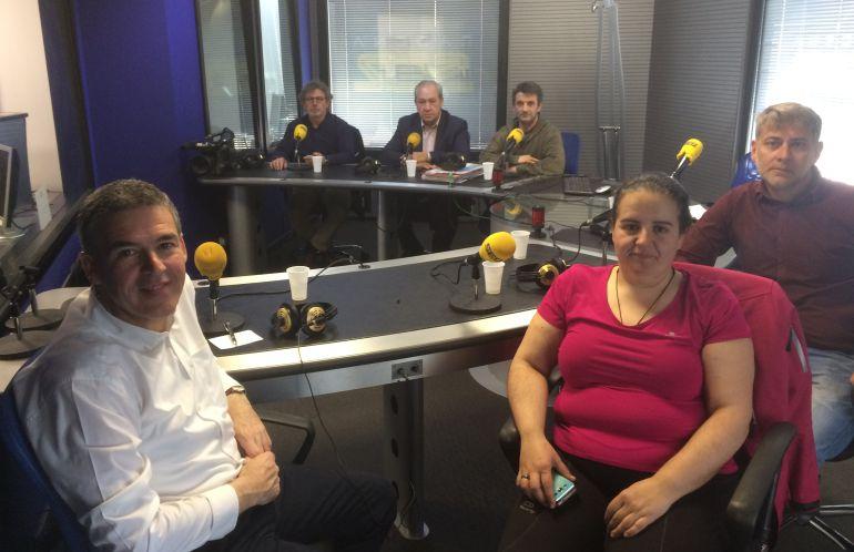 Nuestros tertulianos en el estudio de Radio León
