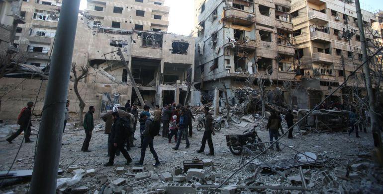 Bombardeo en Douma de las fuerzas militares sirias