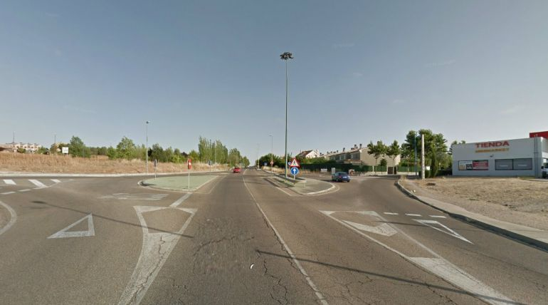 Cruce de la carretera de Fuensaldaña con Fuente Berrocal y La Galera