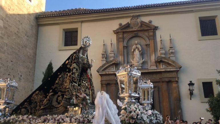 La Hermandad de la Soledad ofreció, un año más, una de las estampas de la Semana Santa más tradicional de nuestra ciudad