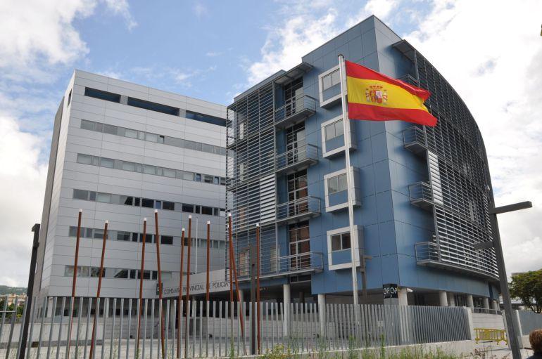 La oficina del dni y el pasaporte en san sebasti n ampl a for Oficinas pasaporte madrid