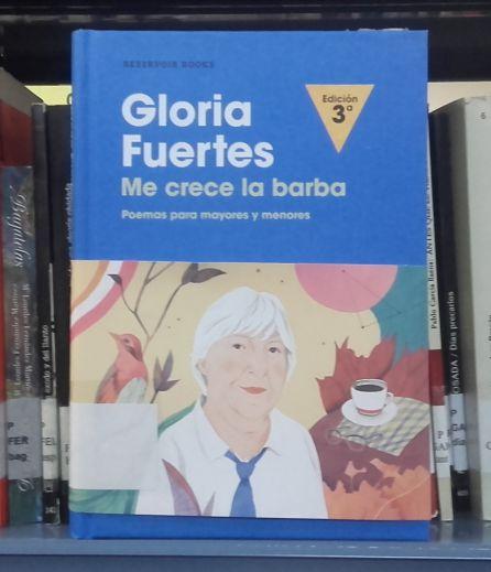 El libro está en la sección de préstamo de las bibliotecas municipales.