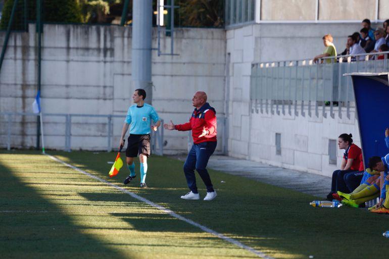 Emilio Ferreras dio por sentenciado a su equipo tras la derrota ante el Racing de Santander