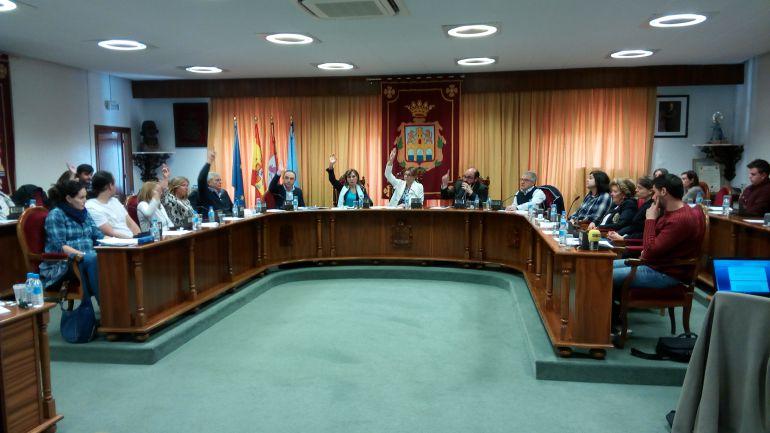 Sesión del Pleno celebrada en el Ayuntamiento de Aranda de Duero