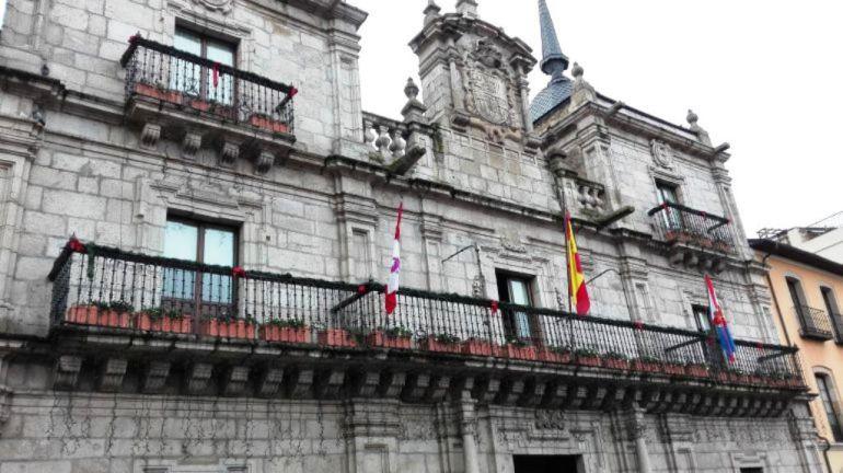 Fernández Merayo espera aprobar los presupuestos en mayo