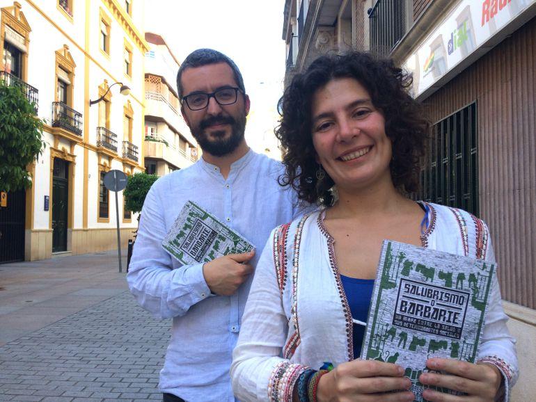 Viky López y Javier Padilla , dos de los autores del libro