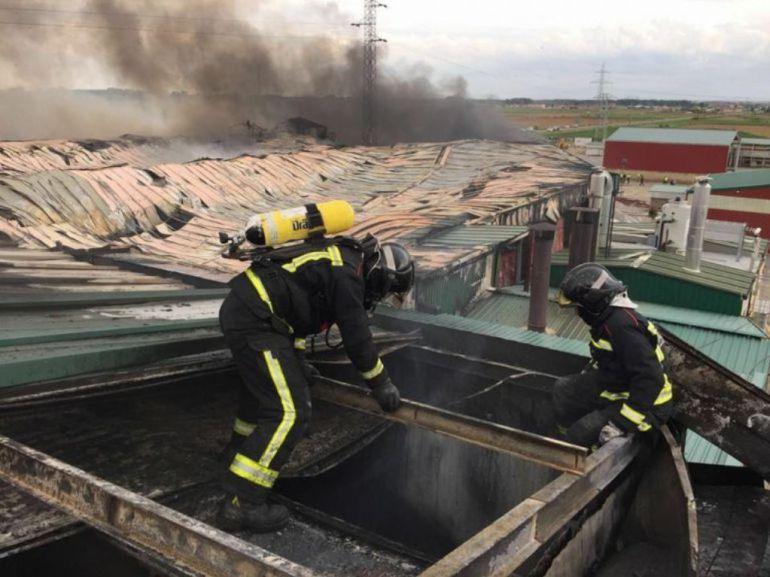 Los técnicos de León y Ponferrada dudan de la legalidad del acuerdo de Bomberos con la Diputación