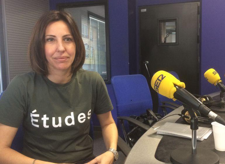 Rosa Yagüez, responsable de la Fundación Cerezales, en los estudios de Radio León