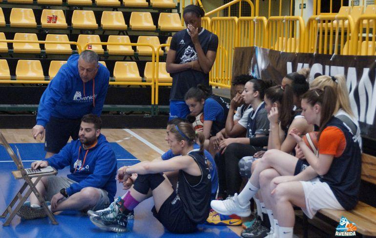 El equipo, durante el scouting de Ferrol en un entrenamiento de estos días.