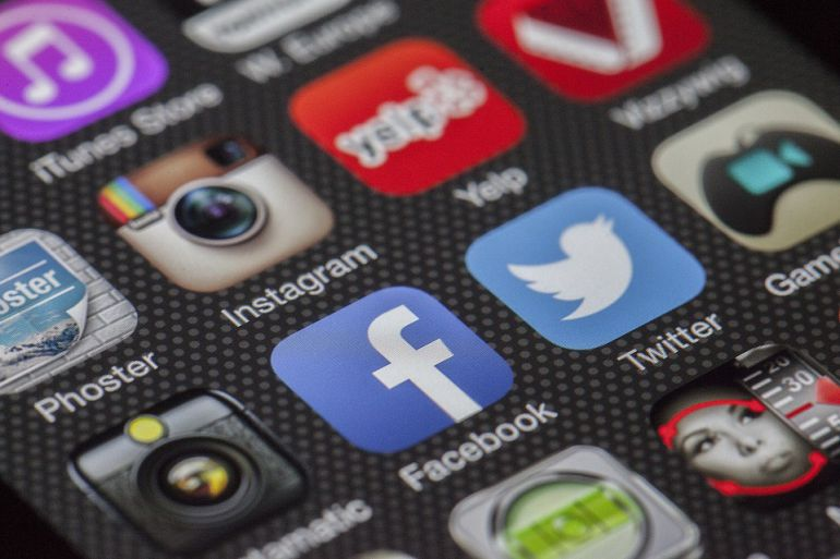 Las redes sociales perpetúan los estereotipos de género entre los adolescentes