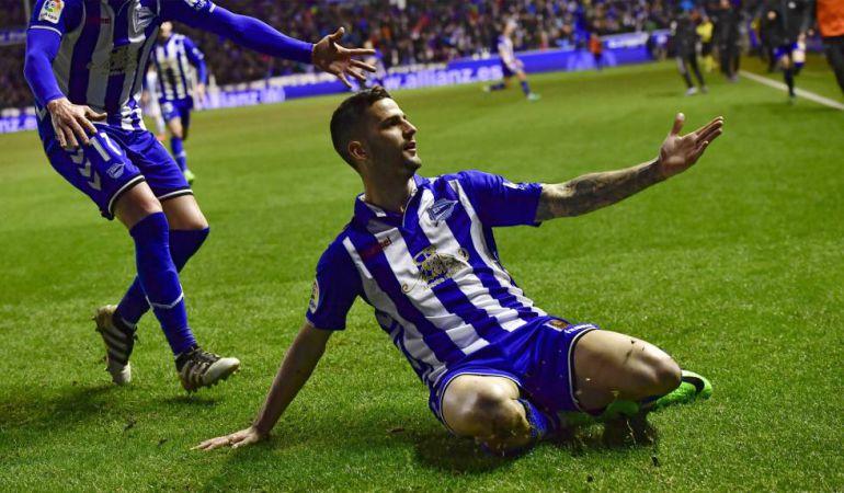 Edgar Méndez celebra el gol que dio el pase a la final de la Copa del Rey.