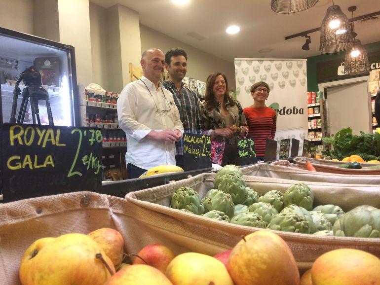 Iniciativa de Córdoba ECO con los productores de ecológico en el establecimiento Frescum