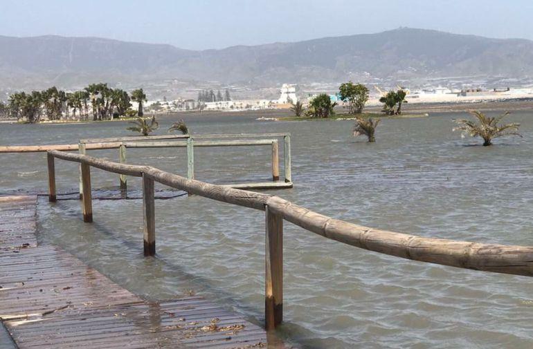 Nueva inundación este jueves en la Playa de Poniente de Motril (Granada)