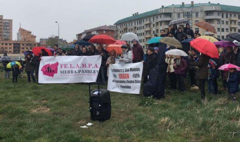 Protesta en la parcela en la que se levantará el nuevo Conservatorio