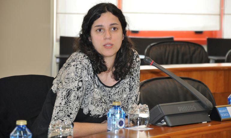 La diputada Noa Presas durante una intervención