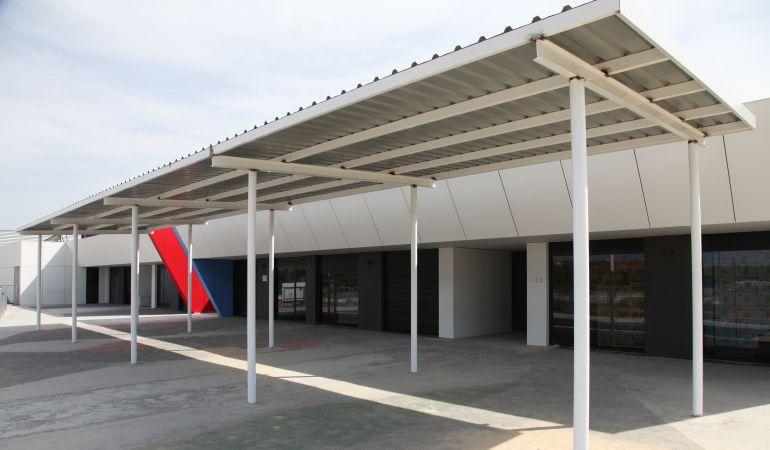 El techado instalado por el Ayuntamiento de Getafe en el colegio Cervantes